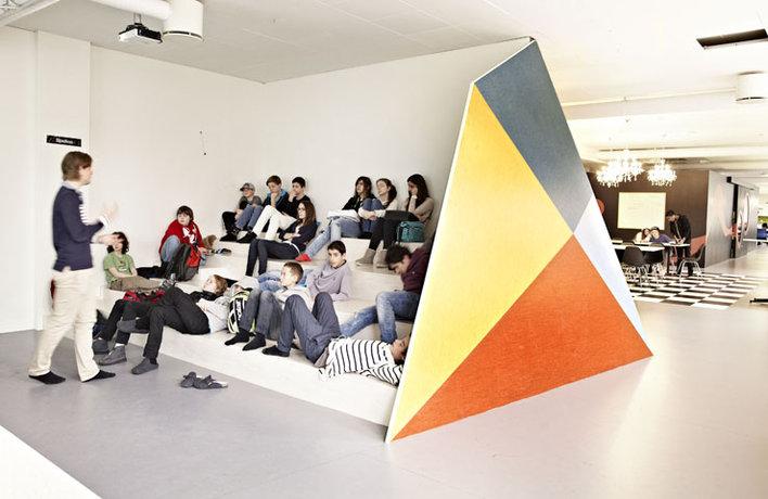 Schularchitektur die kindern lust aufs lernen bereitet for Interior design lernen